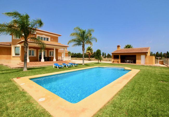 Tranquila Villa en Las Marinas