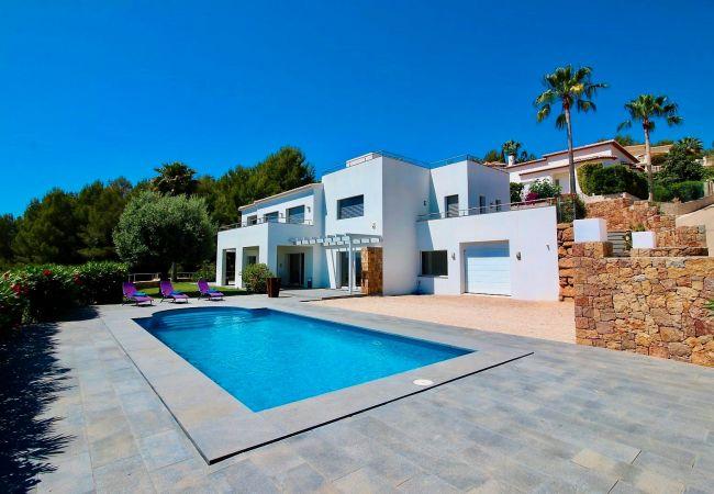 Lujosa Villa en La Sella