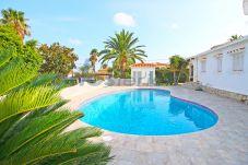 Villa à Denia - Villa en Tossal Gross FL